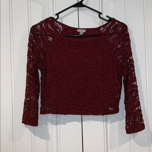 GUESS Women's Lace 3/4 Sleeve Crop Top
